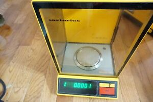 Sartorius Digital Lab Scale Balance Analytical 1602 0 1 Mg Delta Range Mp8 1