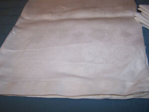 Antique Ivory Linen Tablecloth Roses And Ribbons Cutwork Hem 83 X 63 Nice