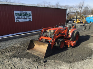 2001 Kubota B2400 4x4 Hydro Compact Tractor W Loader Mower Only 900hrs