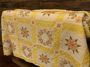 Vintage Floral Quilt Country Primitive Hand Sewn Stitched Yellow Flower Antique