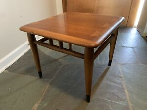 Vintage 1950s Lane Acclaim Walnut Dovetail Side End Table Danish Modern Mcm