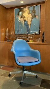 Vtg Baby Blue Eames Office Chair Herman Miller Fiberglass Model Ec 178 Rare