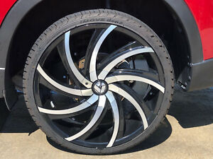 Azara 503 22 Rims With Mint Condition Tires