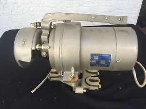 Tacsew Clutch Motor Model 131l Single Phase 4 Amp Sewing Machine Motor