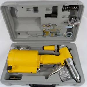 New Pneumatic Air Hydraulic Pop Rivet Gun Riveter Riveting Tool W case Free Ship