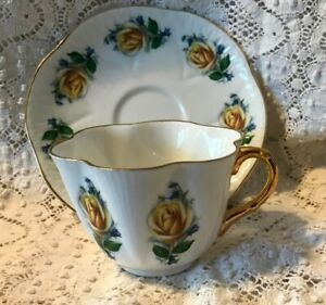 Royal Imperial Bone China Tea Cup Saucer England Yellow Rose With Gold Vintage