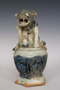 Chinese Beautiful Blue And White Porcelain Foo Dog Statue