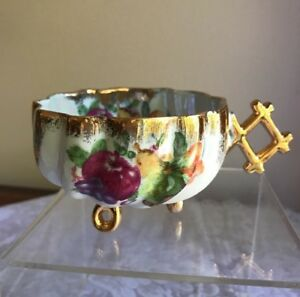 Hand Painted Fruit Luster Gold Trim Footed Tea Cup Swirl Inside Wonderful Handle