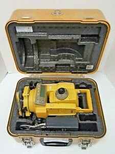 Topcon Gts 211d Total Station W Battery Charger And Case Used