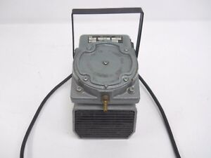 Gast Vacuum Pump D0l 101 aa For Parts Or Repairs