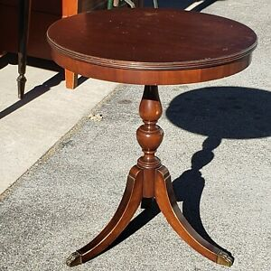Vintage Certified Grand Rapids Mahogany Drum Table Imperial Coffee End Stand