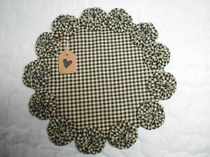 Primitive Black Homespun Fabric Candle Mat Table Runner Topper Yoyo Doily 6