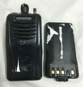 Kenwood Tk 3360 k Radio Uhf Fm Lightweight Transceiver W Battery