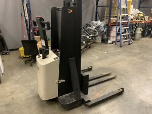 2013 Crown 2000 Lb Forklift walkie Stacker 198 Hours we Will Ship G d Price