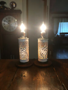 Pair Of Asian Chinese Style 1950s White Porcelain Cylindrical Shape Table Lamp