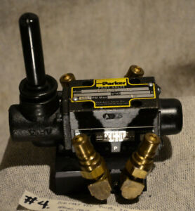 Nice D1vlb1c Hydraulic Lever Parker Directional Control Valve 4