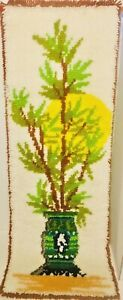 Mid Century Latch Hook Shag Rug Wall Art Hanging Floral Pottery Sun Mcm 46 L Vtg