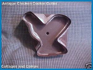 Antique Primitive Tin Metal Chicken Vtg Cookie Cutter Strap Handle Patina Aafa