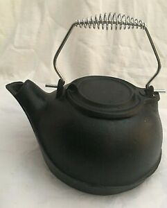 Kettle Humidifier Cast Iron Wood Stove Fire Place Heavy 8 8 Lbs Vintage 2 5qt