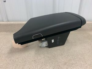 2016 2018 Cadillac Cts v Cts Center Console Lid Top Gm Leather Arm Rest Suede