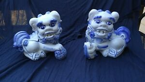 Vintage Antique Chinese Porcelain Hand Painted Foo Dogs No Reserve