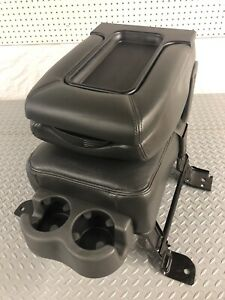 99 06 Chevy Silverado Center Console Tahoe Suburban Yukon Leather Jump Seat