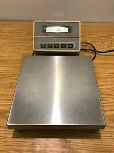Ohaus I 10 Bench Top Scale