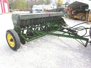 John Deere 10 Ft Seed Drill works Great For Hemp Seed can Ship 1 85 Mile