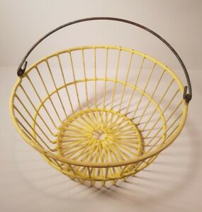 Vintage Old Farmhouse Yellow Coated Metal Wire Gathering Egg Basket Shabby Nice