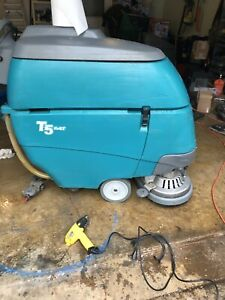 Tennant T5 Auto Scrubber For Floor Cleaning Pre Owned