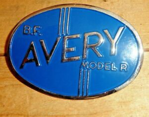 B f Avery Tractor Grill Model r Medallion With Mounting Bolts