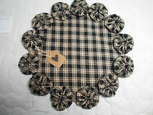 Primitive Black Homespun Fabric Candle Mat Table Runner Topper Yoyo Doily 5