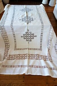 Antique Linens Circa 1900 English Table Cloth Bedspread With Tenerife Lace