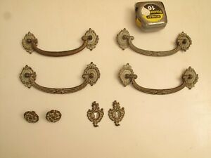 Antique Vtg Brass Drawer Pull S Handle S French Provincial 6 7 8 2 Keyhole Knob