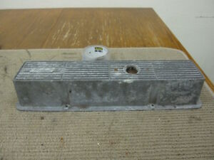 Vintage Mr Gasket Small Block Chevy Finned Aluminum Valve Cover