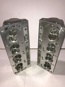Small Block Ford Aluminum Cylinder Heads Blueprint Engines Hp9008 190cc Pedestal
