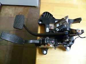 2014 Chevy Sonic Brake Gas Accelerator Pedal Assembly Oem