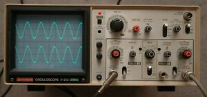 Hitachi V 212 20mhz Two Channel Oscilloscope With 2 Probes Power Cord