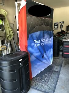 5 x 7 5 Tall Trade Show Display Set Comes With Led Lights And Flight Case