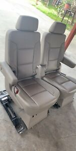2015 2016 2017 2018 Chevy Suburban 2nd Row Rear Seats In Tan Leather Bucket Seat