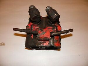 1977 International 1086 Farm Tractor Hydraulic Outlet Coupler Block
