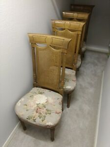 Vintage Chairs Dining Room Set Of 4 Great Condition