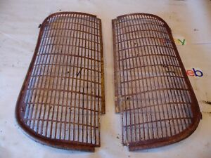1941 Oliver 60 Row Crop Farm Tractor Grill Screens nice But One Is Missing Tab