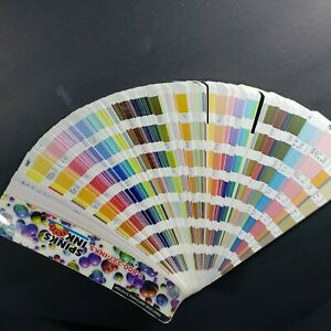 Pantone Formula Guide Coated Uncoated 2004 05 2nd Ed 1114 Colors In One Book