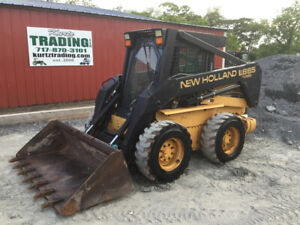 1999 New Holland Lx885 Skid Steer Loader W Cab Only 2400 Hours One Owner