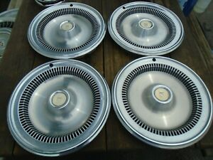 1973 1976 Buick Regal 14 Hubcaps Set Of 4 Oem Hollander 1051