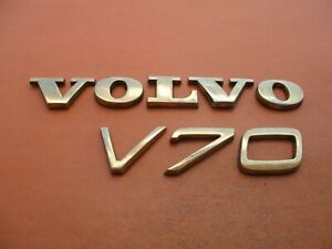 01 07 Volvo V70 Xc V70xc Xcv70 Rear Lid Gold Emblem Logo Badge Sign Oem Used Set