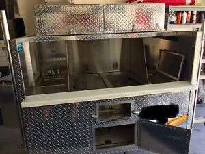 Diamond Plate Victor Hot Dog Cart Top Storage Box Sink 2 Steamers Ice Box
