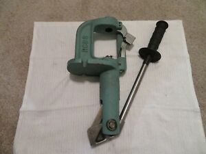 VINTAGE RCBS JR3 ROCK CHUCKER CAST IRON RELOADING PRESS