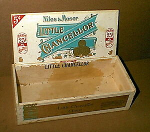 Vintage American Cigar Company Little Chancellor Wood Cigar Box Very Old